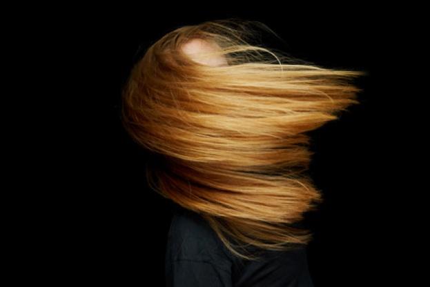 Se me cae mucho el pelo ¿por qué?